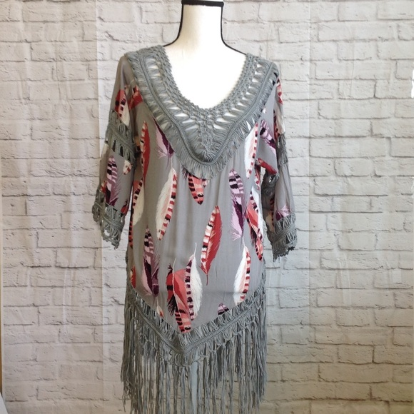 Vivid Importers of NY Cover- Up Feather Print M-L